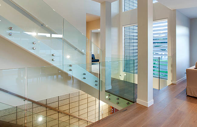 glass and discs balustrade